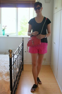 Casual summer in pink and orange