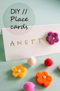 Easy and colourful place cards