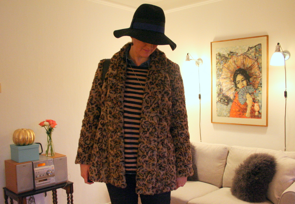 Tall girl's Fashion // Leopard and flares