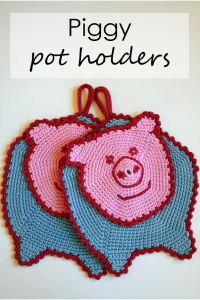 Crocheted pig pot holders
