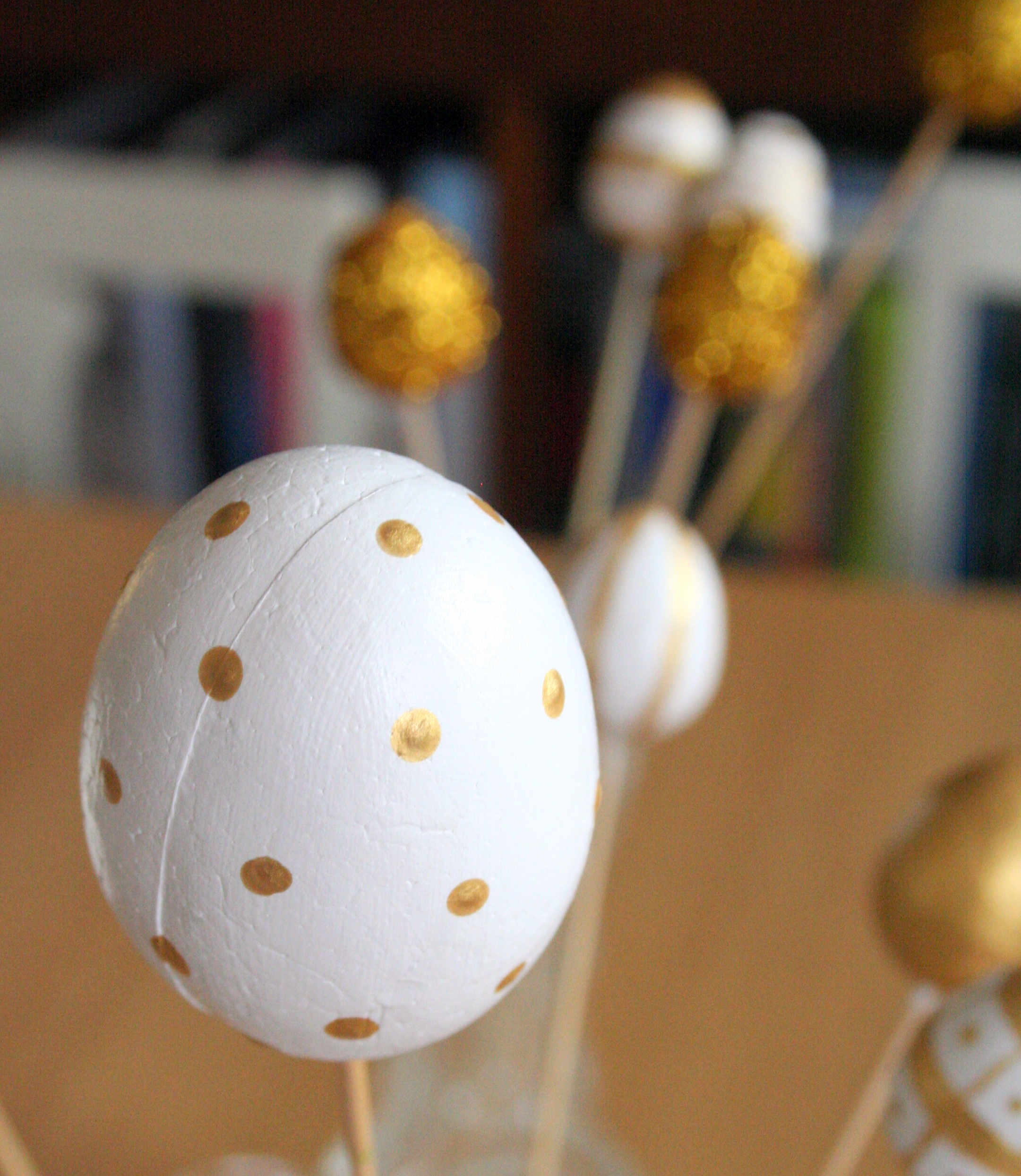 Tall girl's fashion // Golden Easter eggs