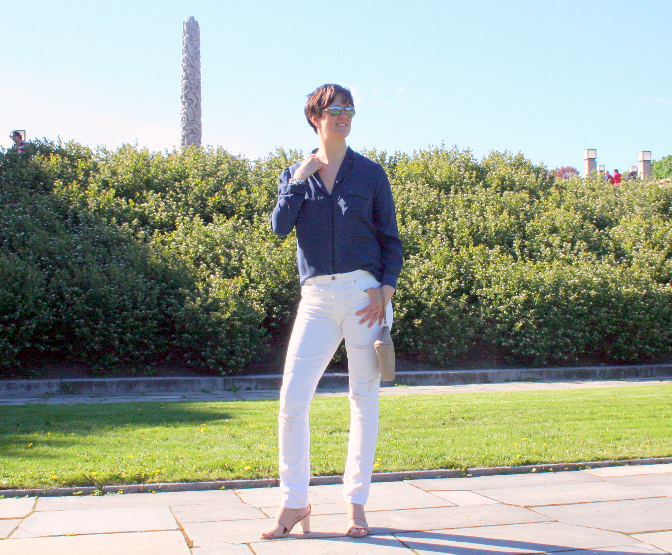 Tall girl' fashion // Red, white and nude