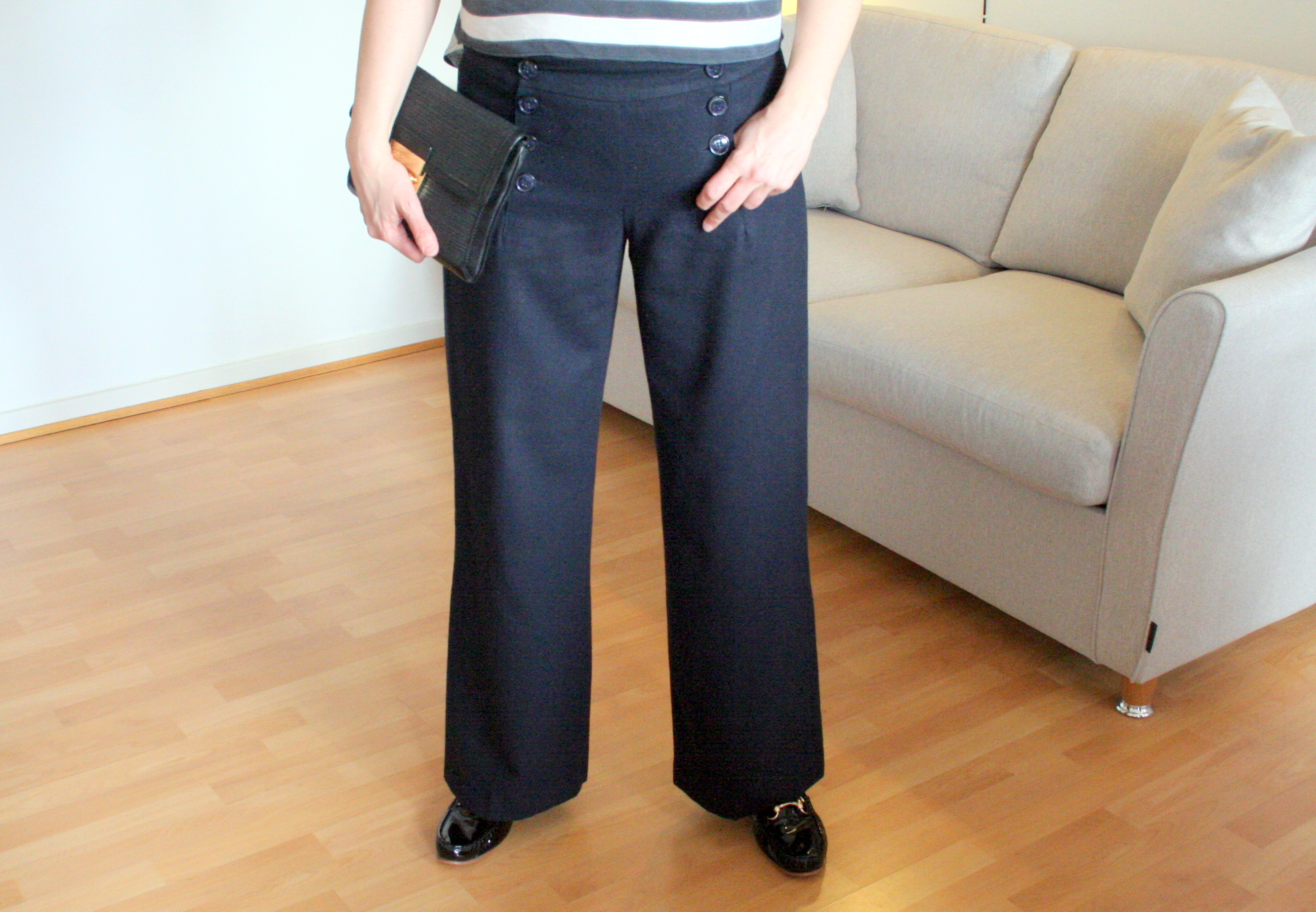 Tall girl's fashion // How to take down the hem of trousers