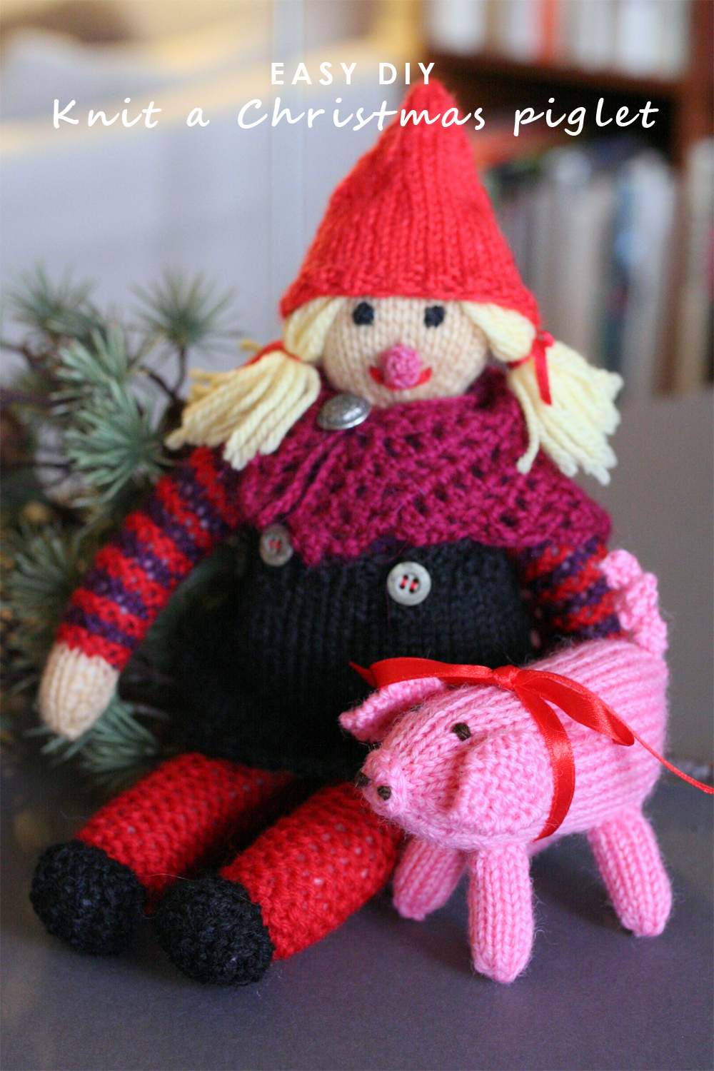 Tall Girl's Fashion // Knit a cute Christmas piglet -- Easy