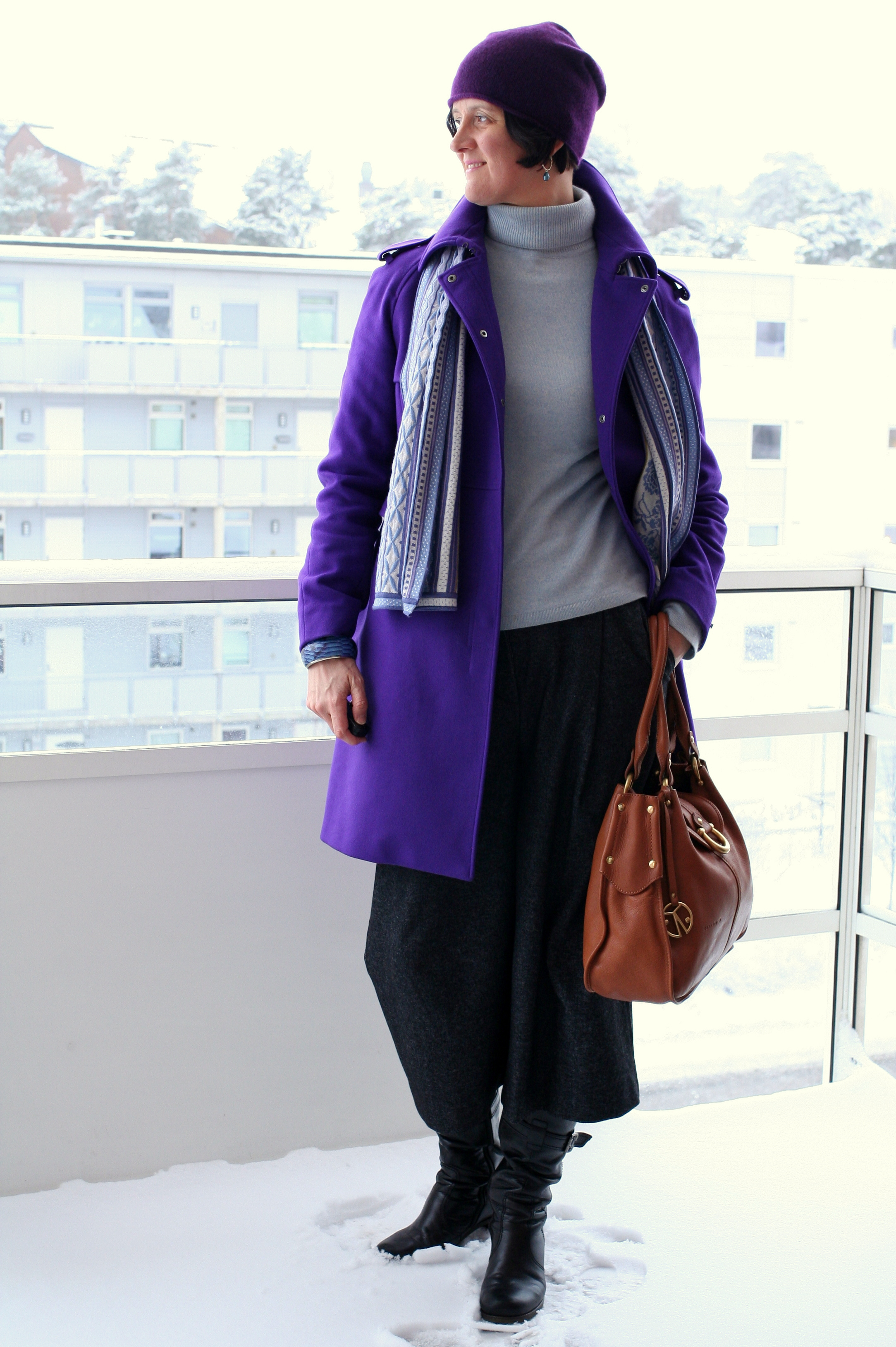 Tall Girl's Fashion // Styling culottes with a fitted turtleneck